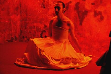 Pedro Montelongo en Lorca era maricón. DT Espacio Escénico, 2004.